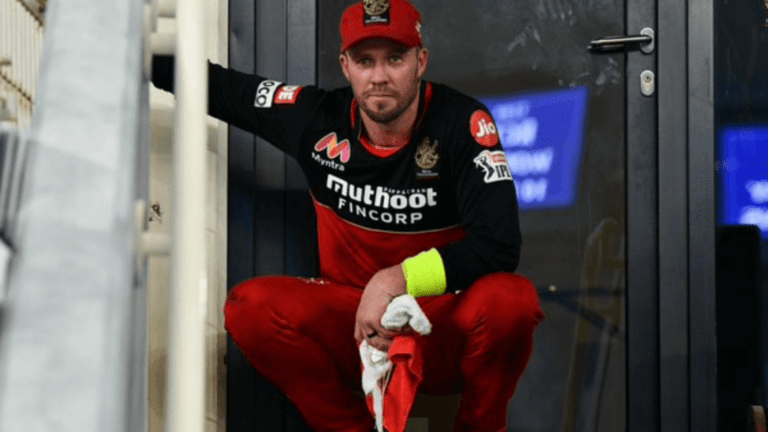 Vivo IPL 2021 RCB Predicted XI: Which players will be in the Best Playing 11 for Royal Challengers Bangalore in 2021?